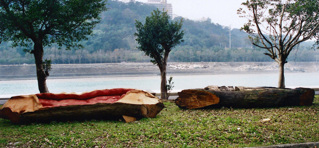 Spirit Boats - driftwood sculptures by Antone Bruinsma for Shihmen Reservoir, Taiwan - sculpture symposium