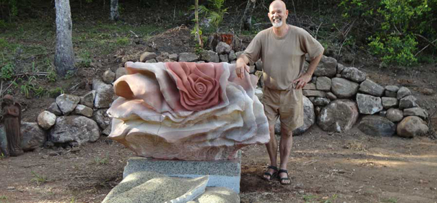 Senza di te sculpture by Antone Bruinsma granite and Helidon freestone